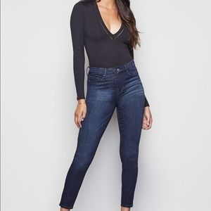 NWT GOOD AMERICAN !! Jeans 👖